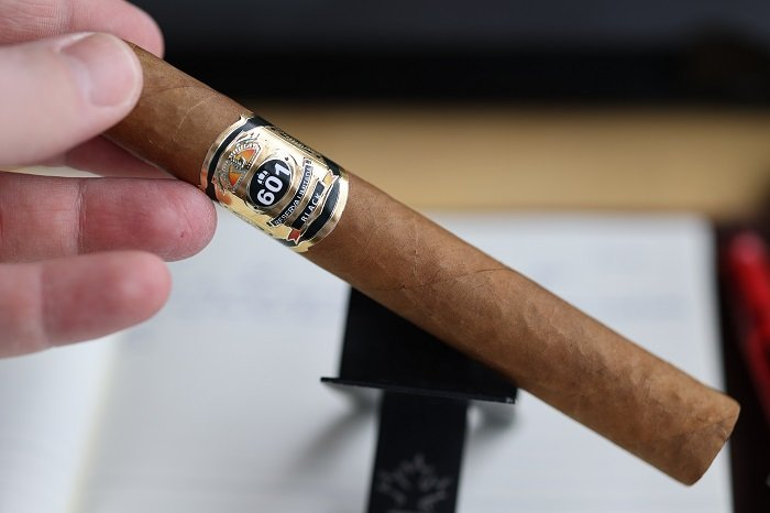 Team Cigar Review: 601 Black Connecticut Toro