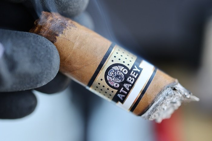 Team Cigar Review: Atabey Corona Cigar 25th Anniversary