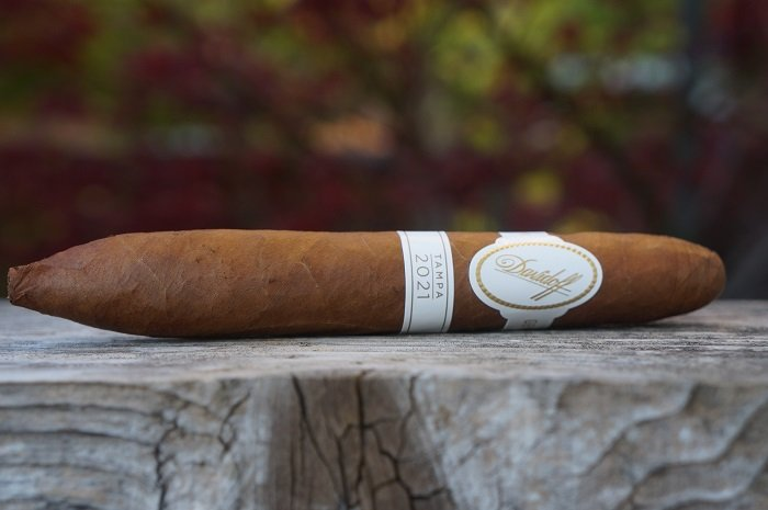 Team Cigar Review: Davidoff Tampa Exclusive 2021
