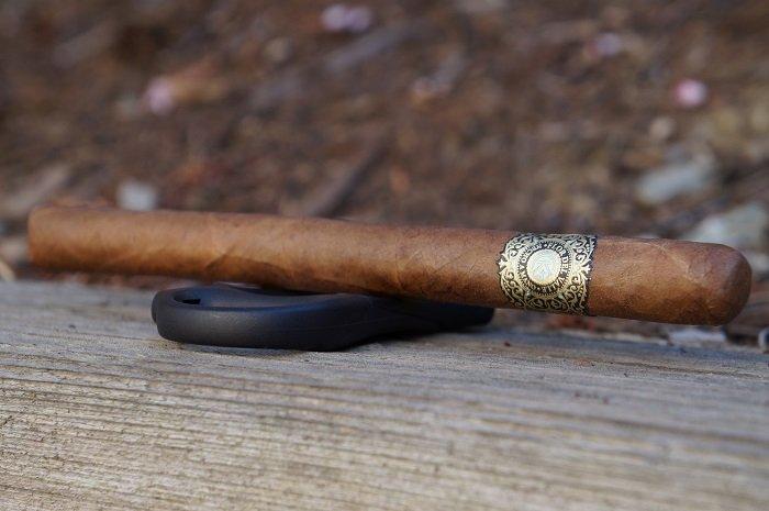 Team Cigar Review: Warped Flor del Valle Sky Flower Lancero