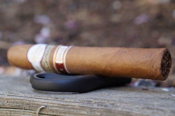 Personal Cigar Review: Padrón Dámaso No. 32