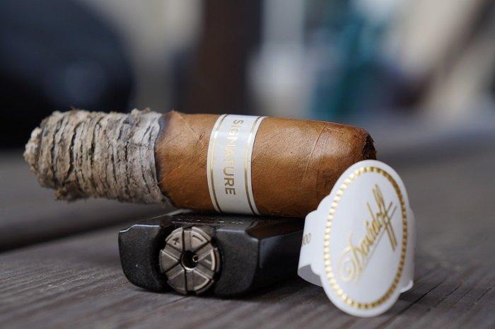Personal Cigar Review: Davidoff Signature 6000