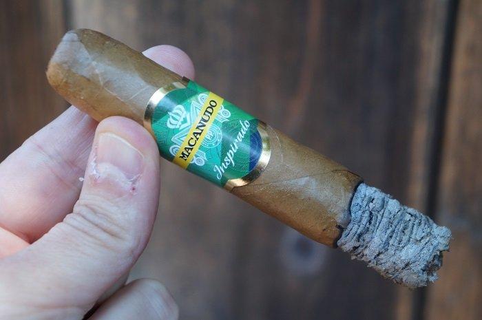 Team Cigar Review: Macanudo Inspirado Brazilian Shade Toro