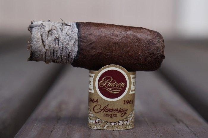 Personal Cigar Review: Padrón 1964 Anniversary Series Maduro Exclusivo