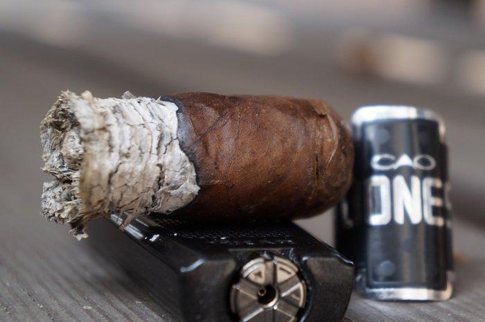 Team Cigar Review: CAO Bones Chicken Foot
