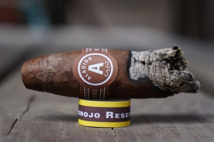 Team Cigar Review: JRE Aladino Corojo Reserva Figurado