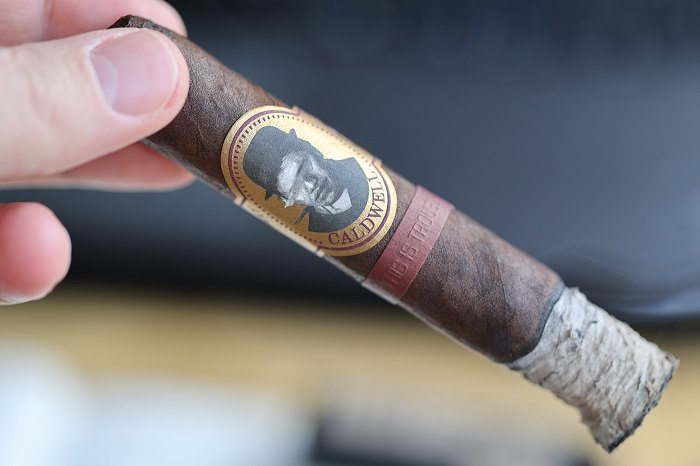 Team Cigar Review: Caldwell Blind Man's Bluff Maduro This is Trouble