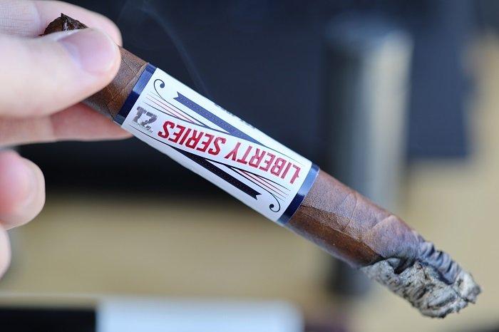Team Cigar Review: Camacho Liberty 2021