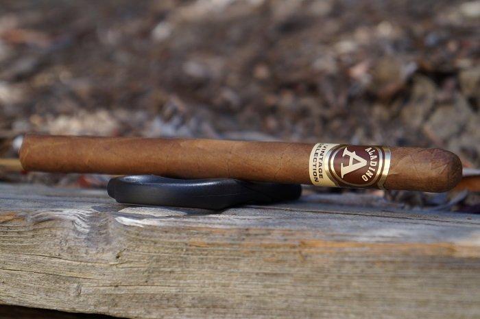 Team Cigar Review: JRE Aladino Habano Vintage Selection Elegante